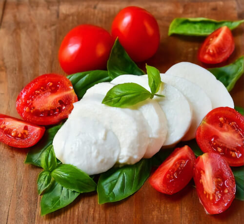 italian tomatoes, basil, mozzarela and oregano